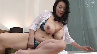 Chubby Japanese stepmom enjoying some dicks