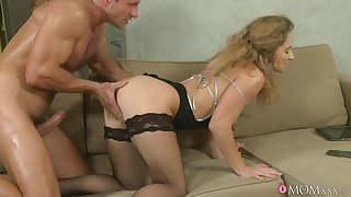 Trimmed pussy full-grown Ameli Saase gets fucked balls abysm not susceptible the sofa
