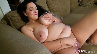 USAwives Mature Gentlefolk Solos and Toys Compilation