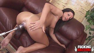 Melissa someone's skin brunette helter-skelter enjoy a ride with her sex machine