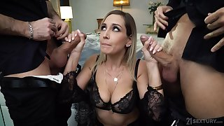 Wild busty whore in black lingerie Siya Jey is so into hard double abstruseness